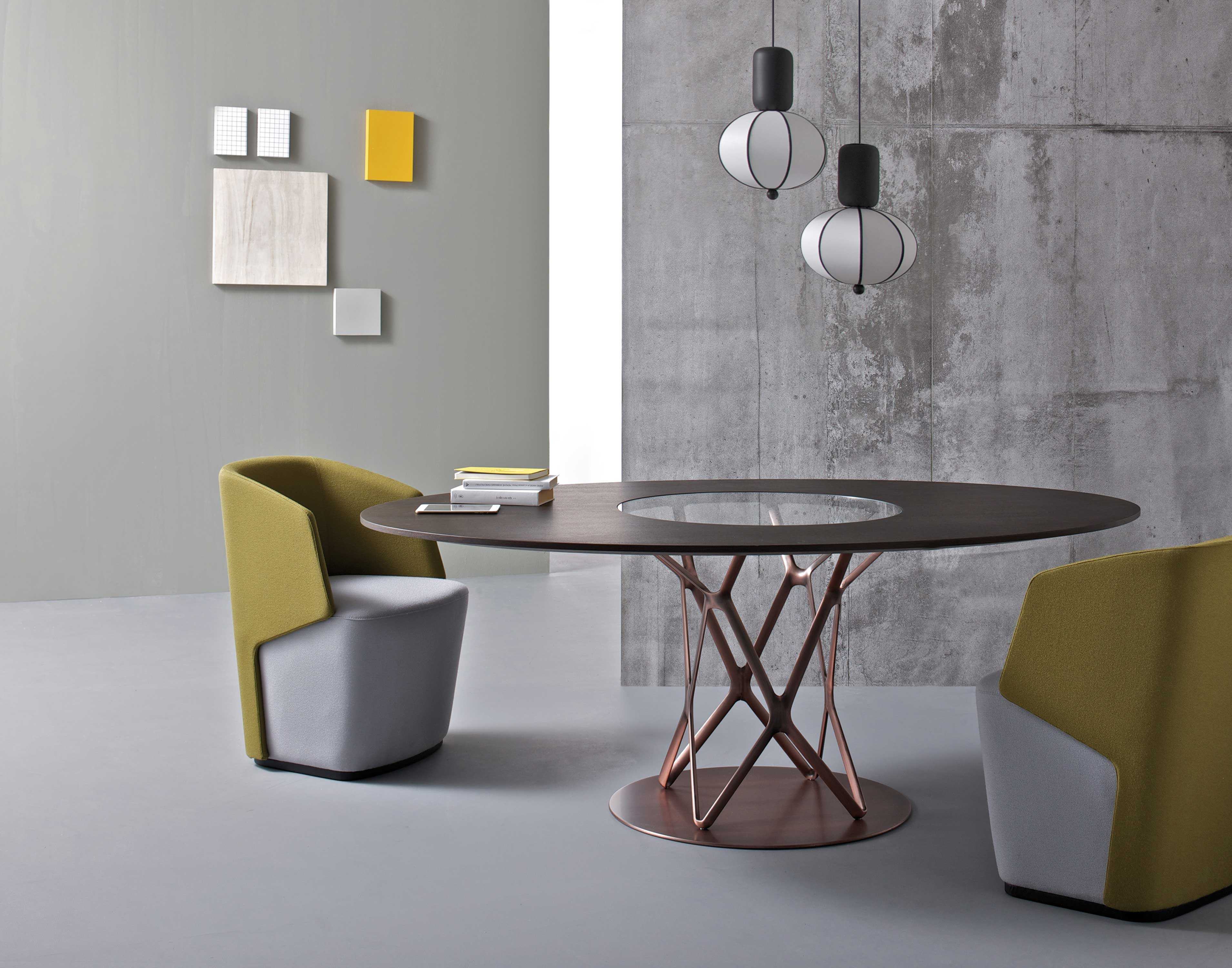 04S_Estel_Executive-&-Common-Area_Vintage-Table_Tori
